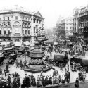 Photo:View of Piccadilly Circus, looking towards the London Pavilion 1913